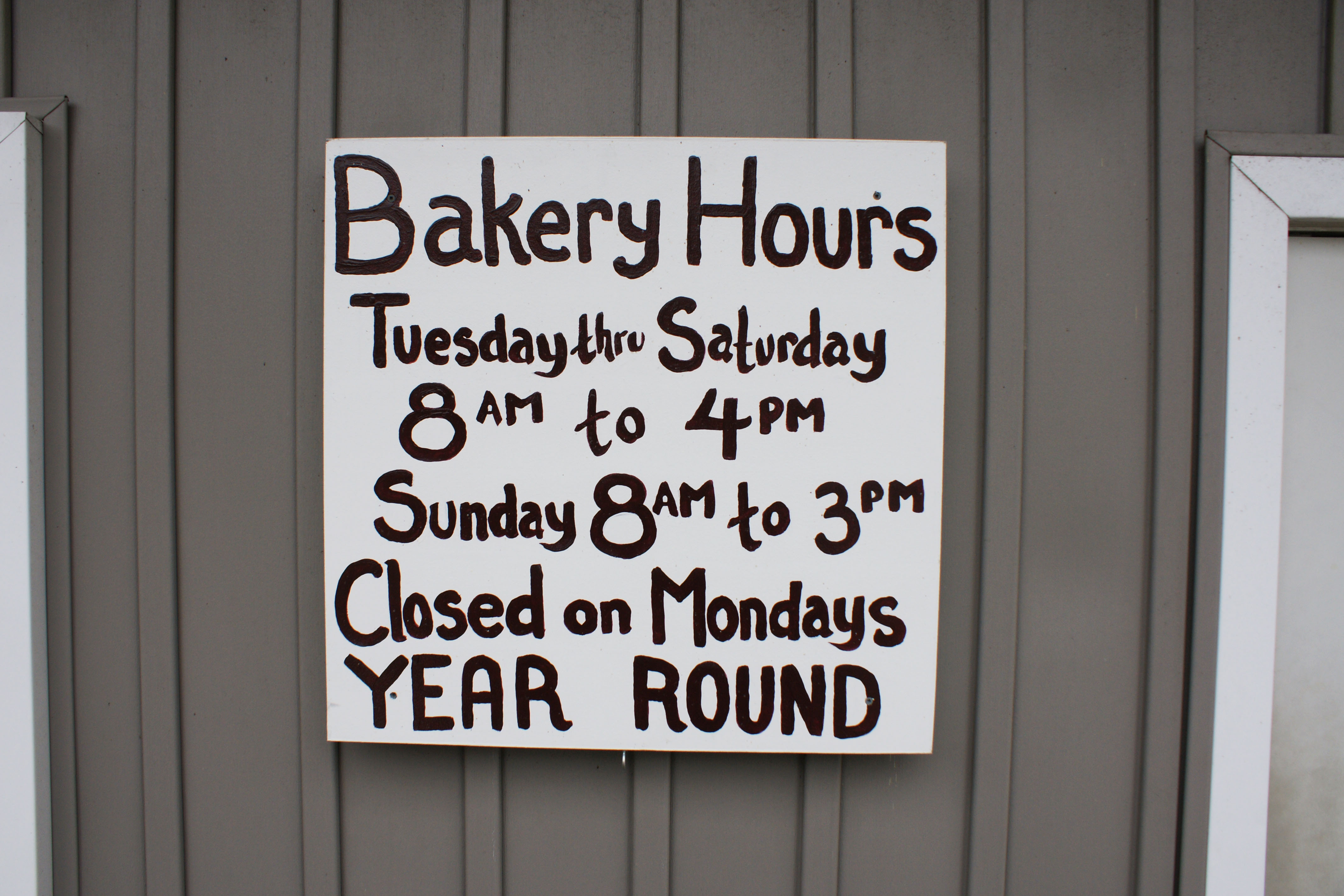 Bakery hours
